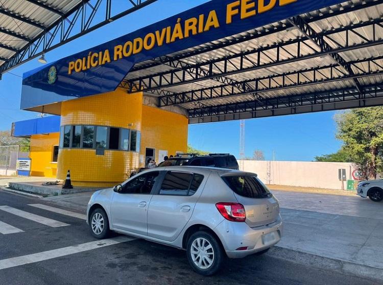 Veículo comprado de forma fraudulenta é recuperado pela PRF em Valença do Piauí