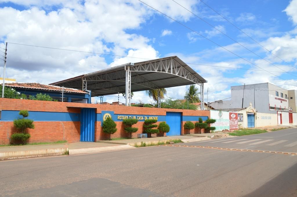 Rotary Club de Picos irá doar 50 filtros de água de barro para famílias carentes do bairro Cidade de Deus
