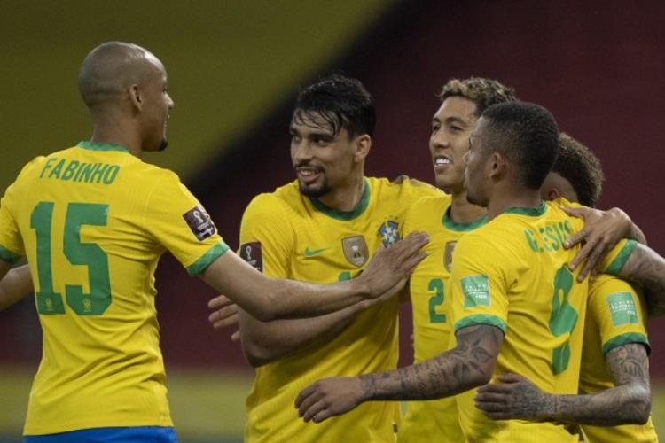 Brasil vence o Equador e mantém liderança das Eliminatórias