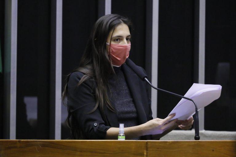 Câmara aprova novas medidas de combate à violência doméstica durante pandemia  Fonte: Agência Câmara de Notícias